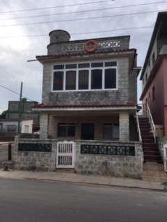HEC1082: Casa de 5 cuartos, 4 baños y 1 garaje por $ 120.000 en La Habana del Este, La Habana