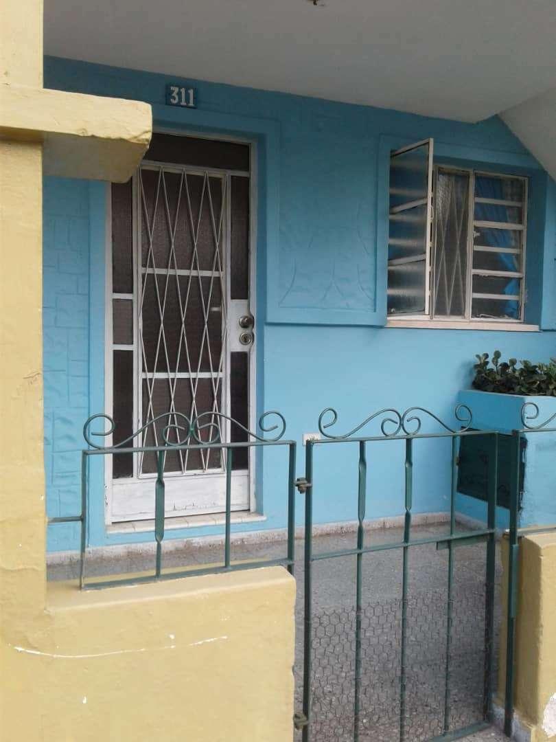 HEC1085: Casa de 1 cuarto y 1 baño por $ 12.000 en Arroyo Naranjo, La Habana