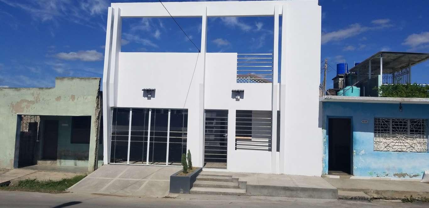 HEC1089: Casa de 2 cuartos, 2 baños y 1 garaje por $ Ajustable en Cienfuegos, Cienfuegos