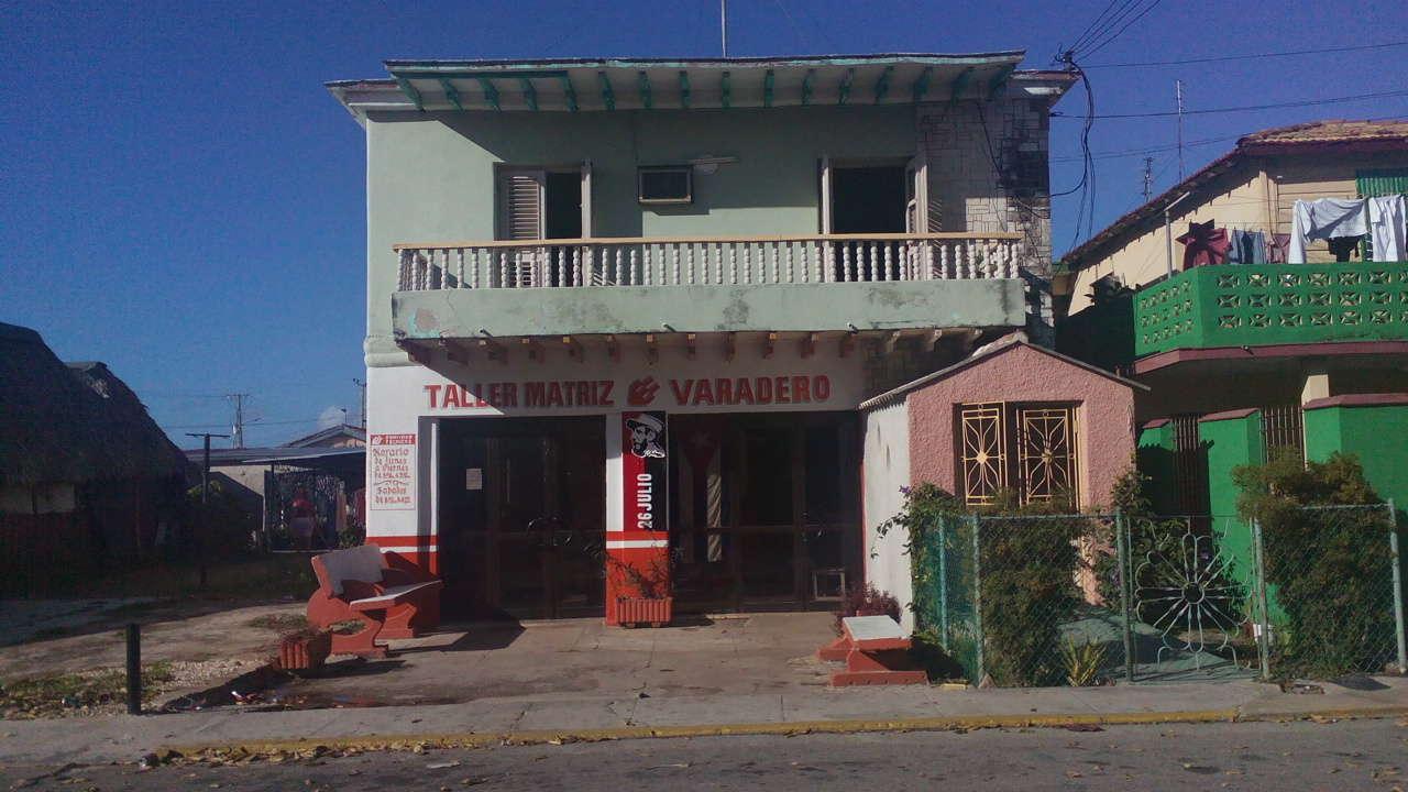 HEC1090: Apartamento de 3 cuartos y 2 baños por $ 130.000 en Cárdenas, Matanzas