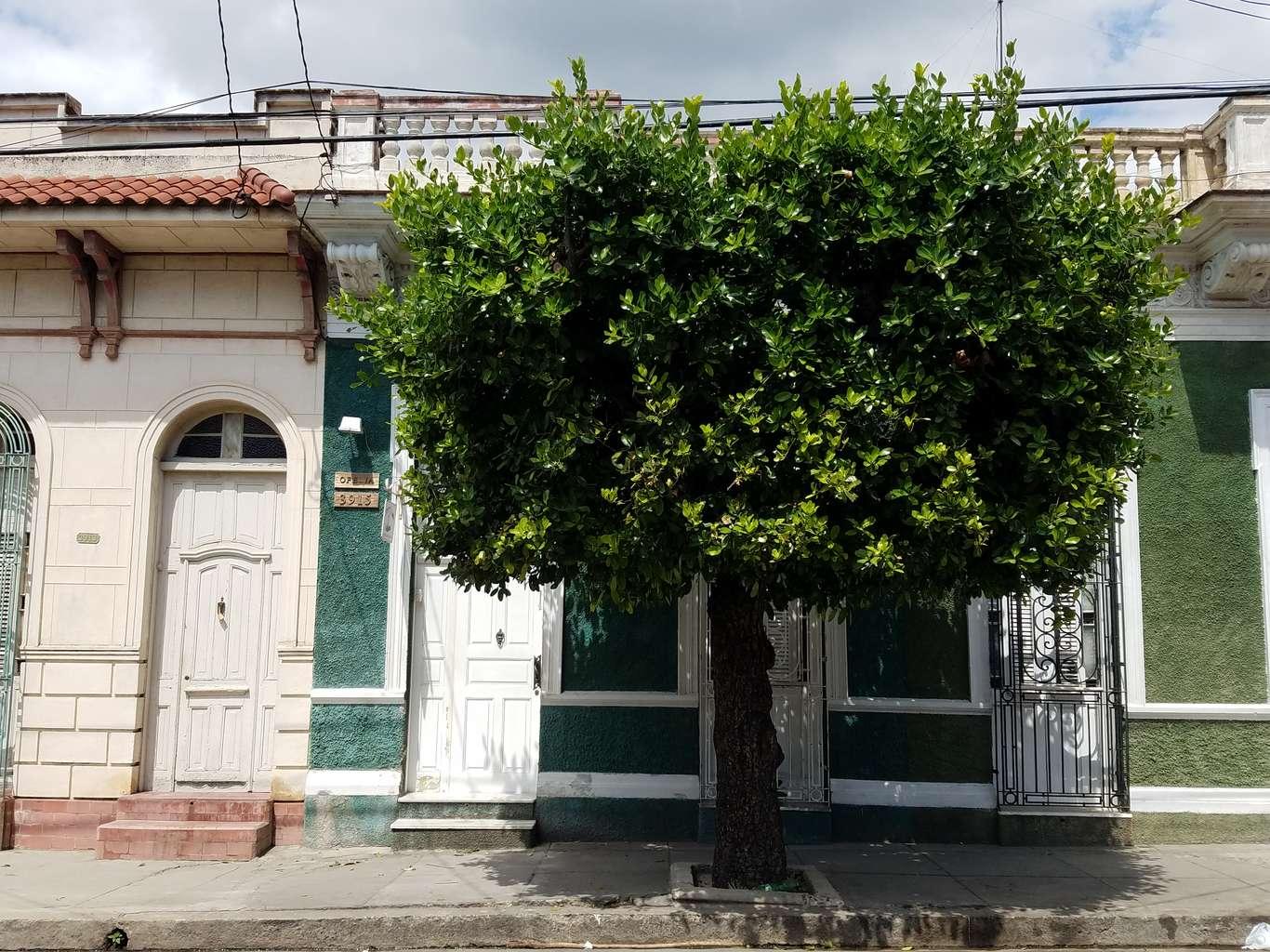 HEC1105: Casa de 4 cuartos y 3 baños por $ 150.000 en Cienfuegos, Cienfuegos