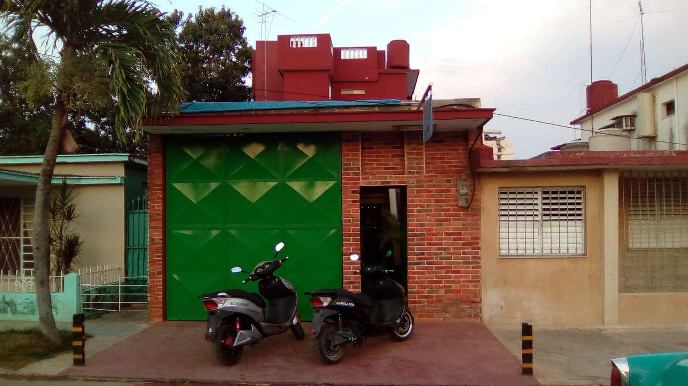 HEC1107: Casa de 5 cuartos y 6 baños por $ 150.000 en San Antonio de los Baños, Artemisa