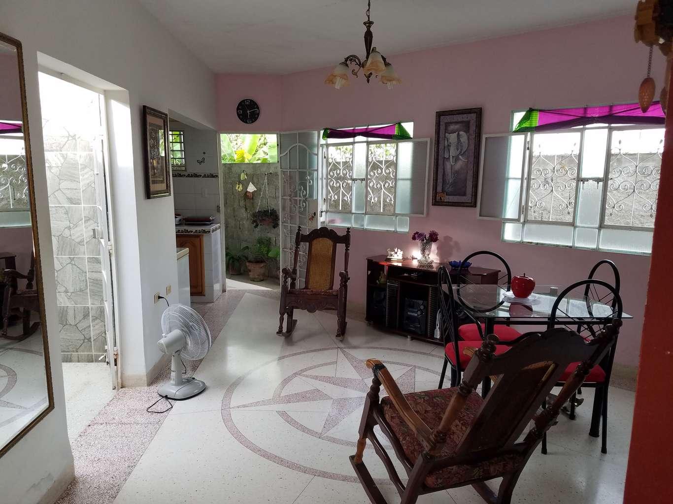 HEC1117: Casa de 3 cuartos y 2 baños por $ 120.000 en Cienfuegos, Cienfuegos