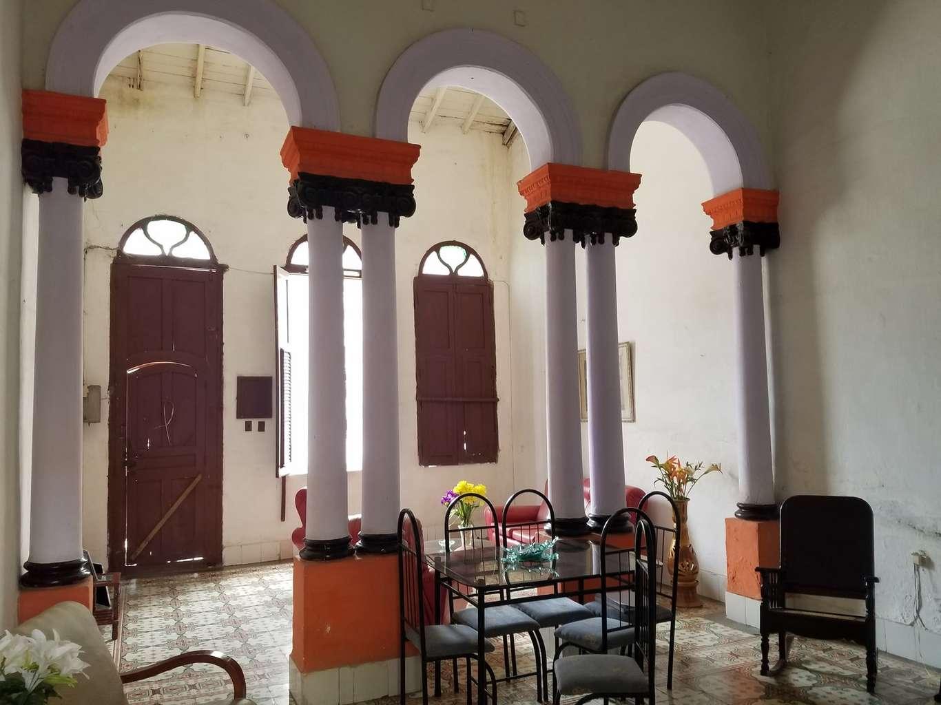 HEC1130: Casa de 4 cuartos y 1 baño por $ 30.000 en Cienfuegos, Cienfuegos