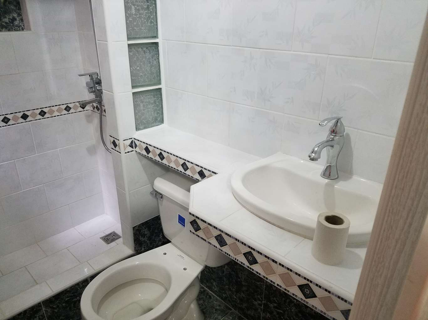 HEC1138: Casa de 3 cuartos y 4 baños por $ 45.000 en Cienfuegos, Cienfuegos