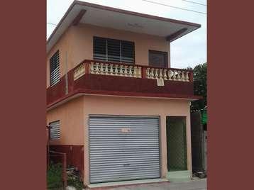 Casa en venta en Cienfuegos con  4 cuartos y 2 baños por 70.000,00$