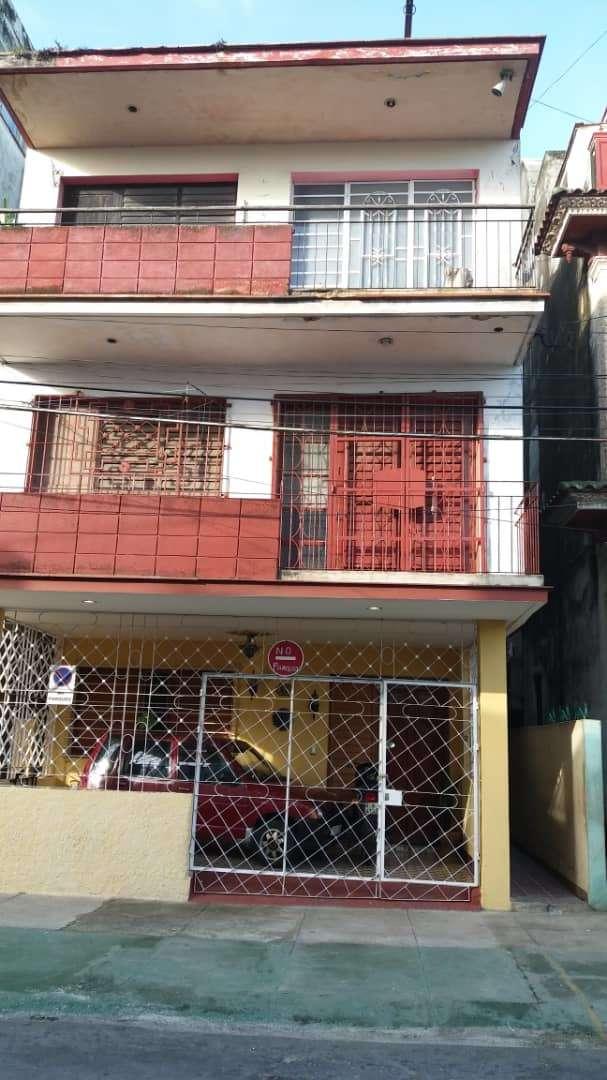 HEC1157: Casa de 2 cuartos y 1 baño por $ 30.000 en La Habana Vieja, La Habana