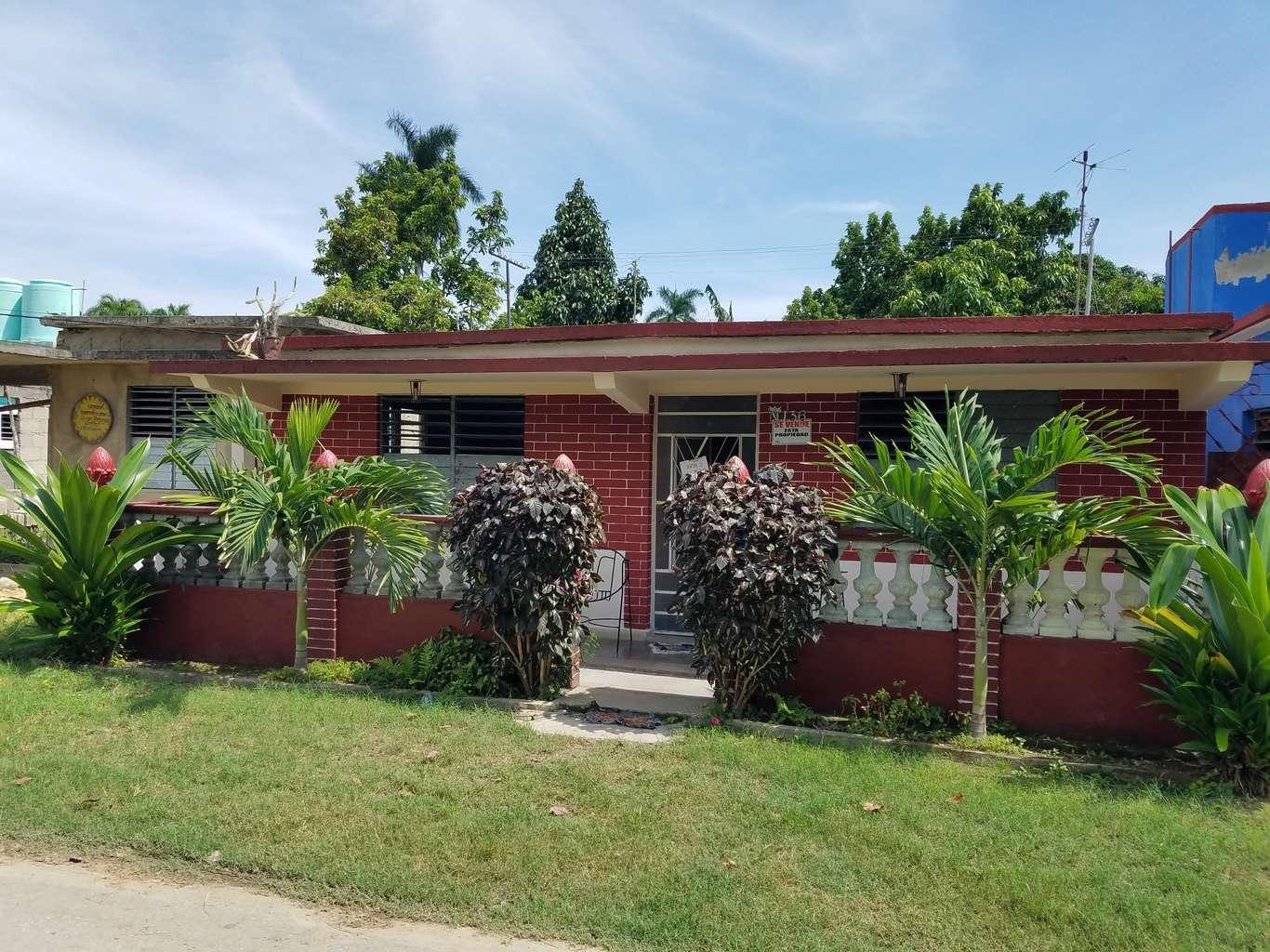 HEC1162: Casa de 3 cuartos y 1 baño por $ 16.000 en Cienfuegos, Cienfuegos