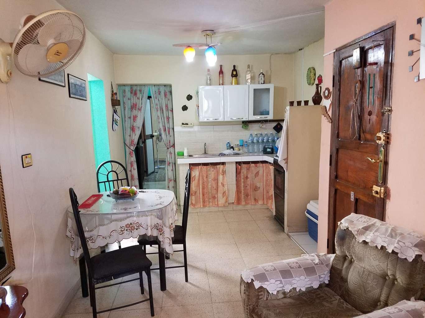 HEC1163: Casa de 2 cuartos y 1 baño por $ 23.000 en Cienfuegos, Cienfuegos