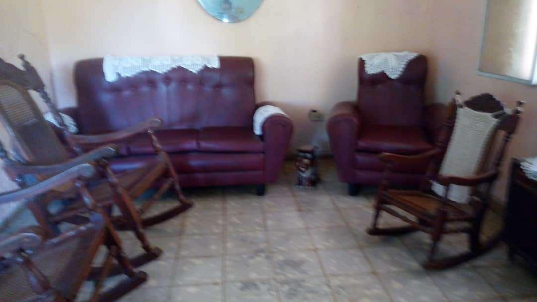 HEC1164: Casa de 3 cuartos, 1 baño y 1 garaje por $ Ajustable en San Antonio de los Baños, Artemisa