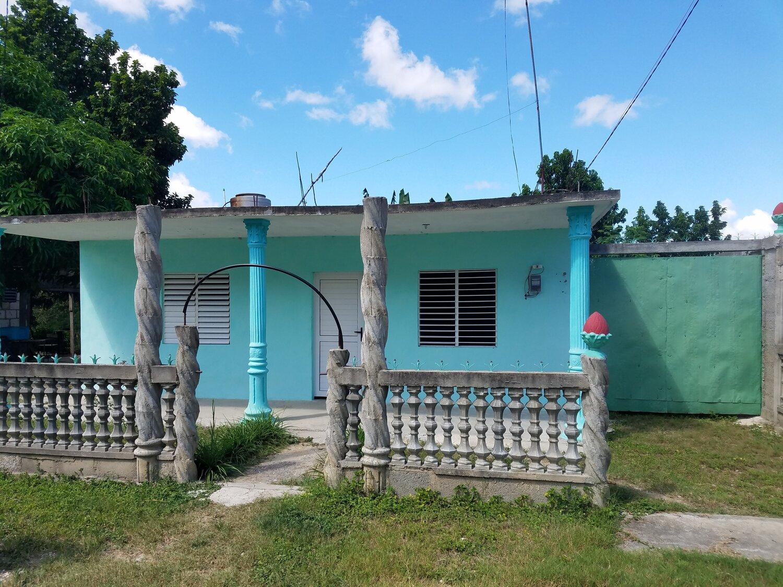 HEC1191: Casa de 3 cuartos, 1 baño y 1 garaje por $ 17.000 en Cienfuegos, Cienfuegos