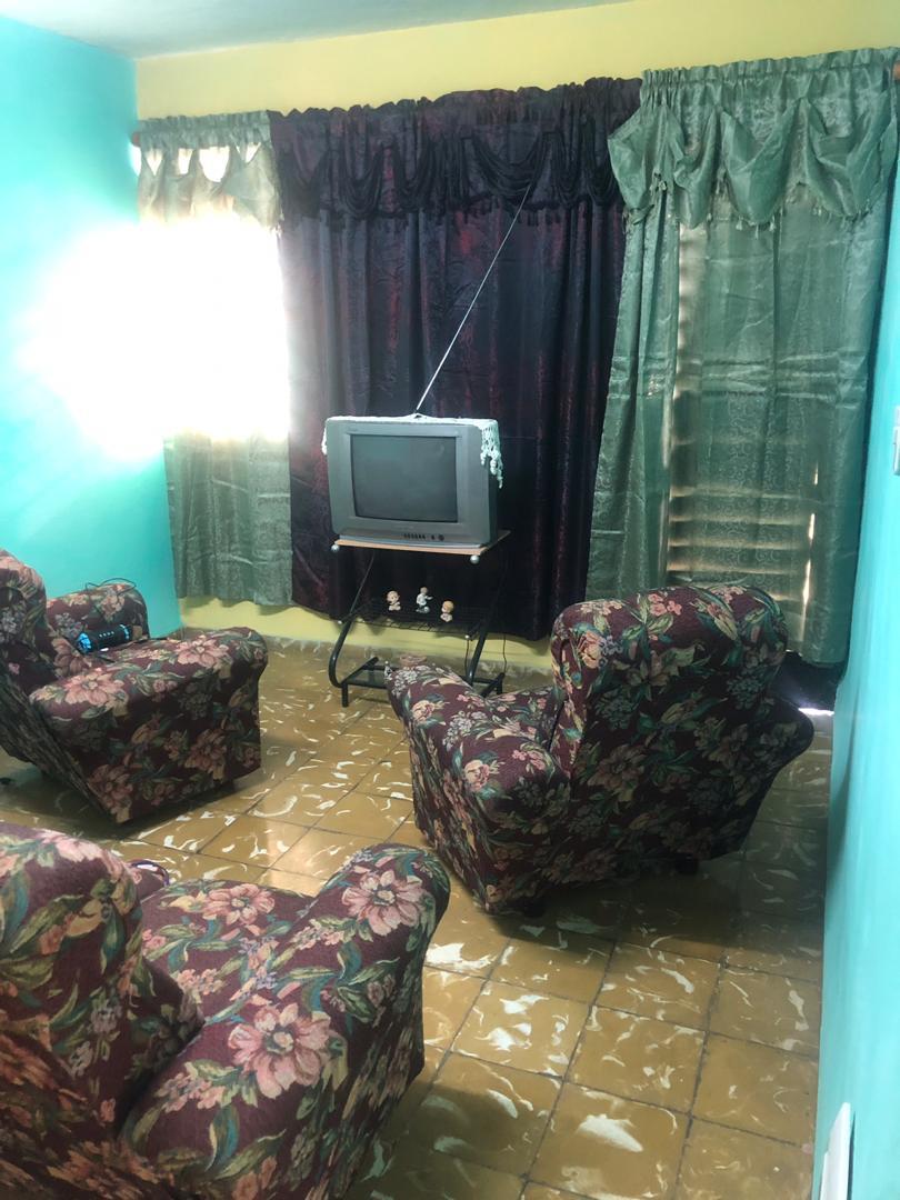 HEC1198: Apartamento de 1 cuarto y 1 baño por $ 10.000 en Arroyo Naranjo, La Habana