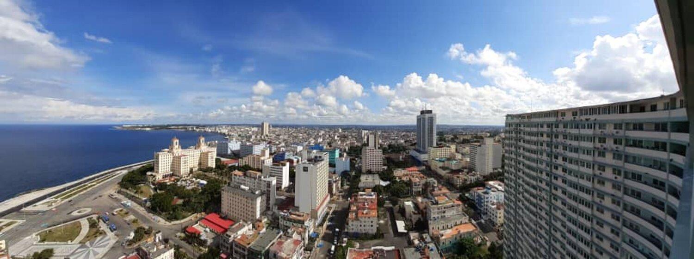 HEC1204: Apartamento de 3 cuartos y 2 baños por $ 200.000 en Plaza de la Revolución, La Habana