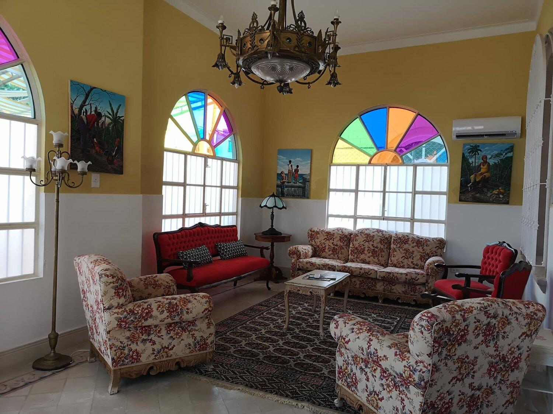 HEC1207: Casa de 4 cuartos, 4 baños y 1 garaje por $ 315.000 en Plaza de la Revolución, La Habana