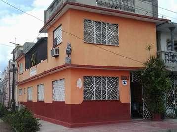 Casa en venta en Cienfuegos con  4 cuartos y 3 baños por 70.000,00$