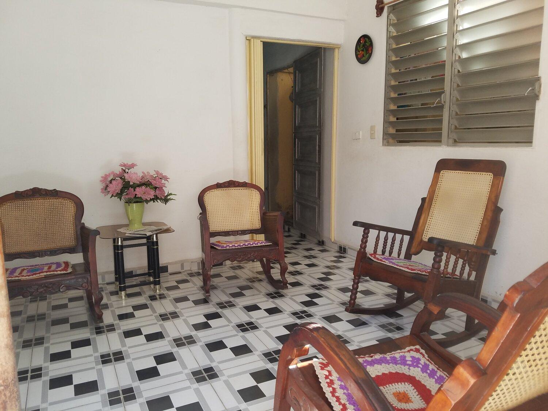 HEC1214: Casa de 2 cuartos y 1 baño por $ 22.000 en Cienfuegos, Cienfuegos