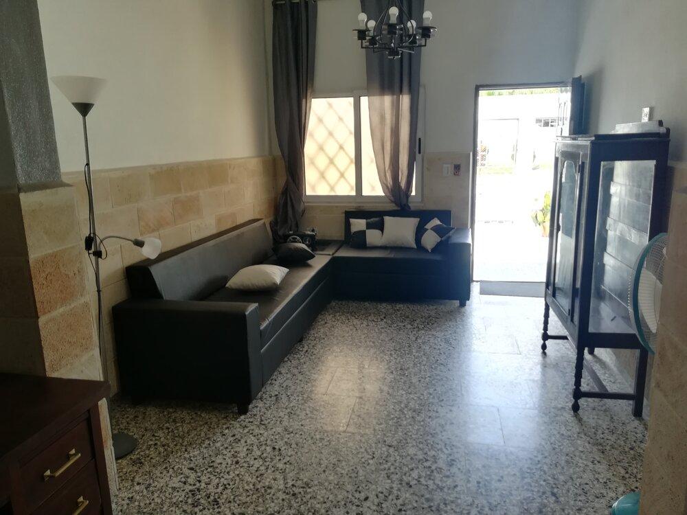 HEC1223: Casa de 5 cuartos, 5 baños y 1 garaje por $ 180.000 en Cienfuegos, Cienfuegos