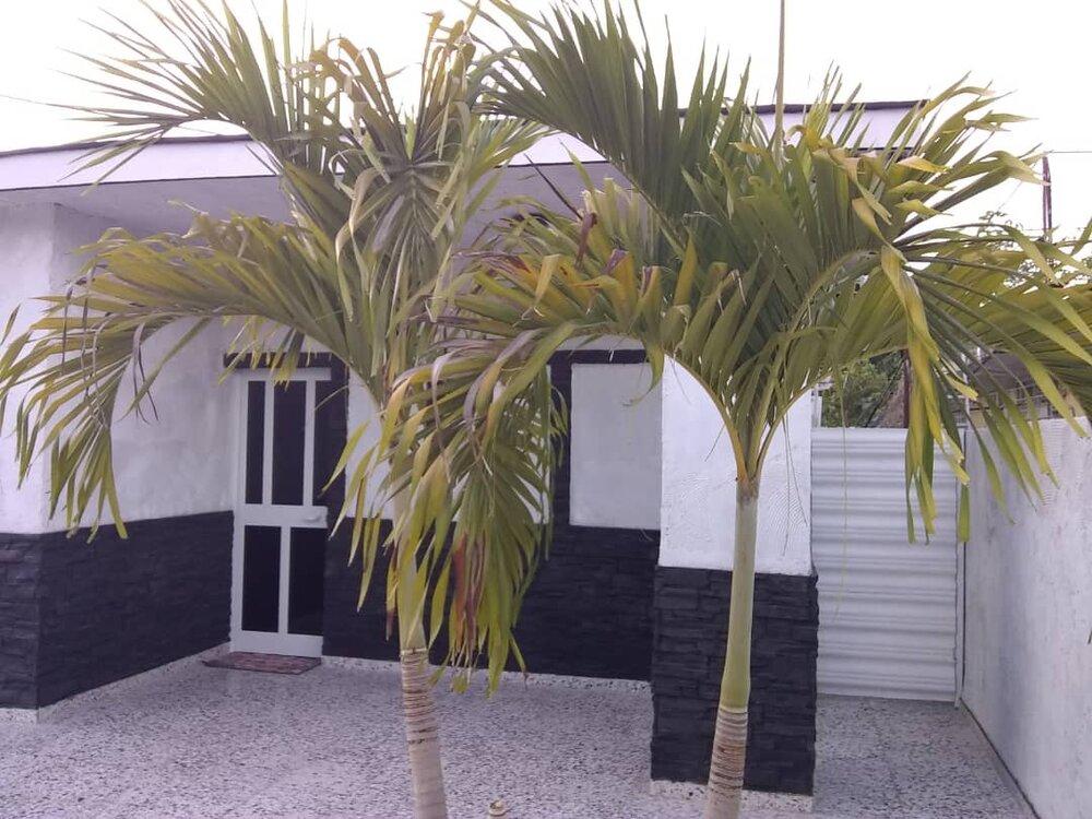 HEC1241: Casa de 3 cuartos, 2 baños y 1 garaje por $ 170.000 en Boyeros, La Habana