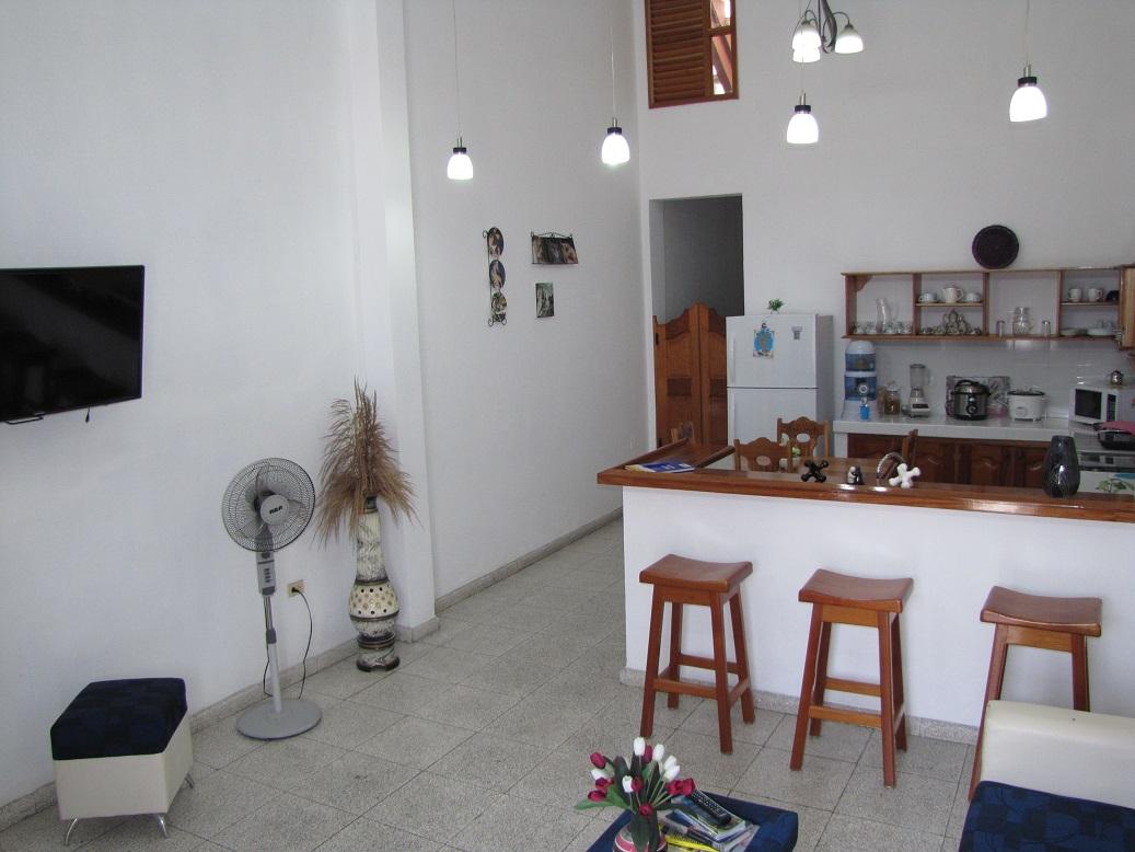 HEC1256: Casa de 4 cuartos y 4 baños por $ 90.000 en Cienfuegos, Cienfuegos