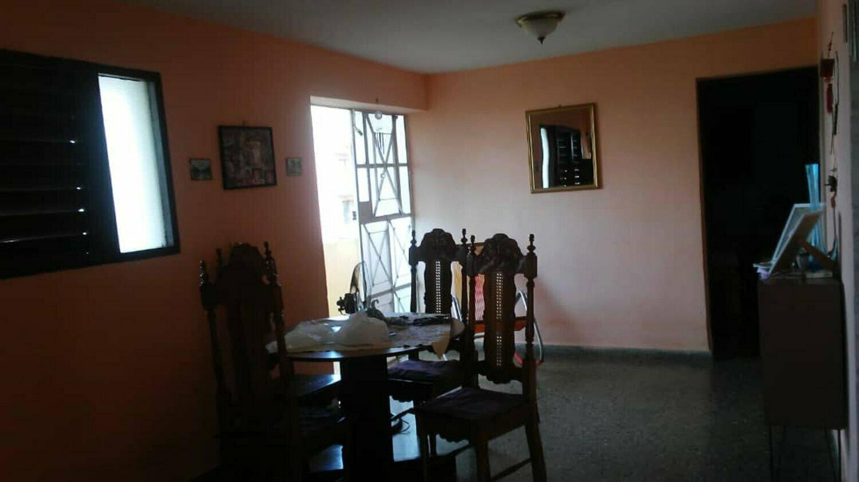 HEC1261: Apartamento de 2 cuartos y 1 baño por $ 45.000 en Plaza de la Revolución, La Habana