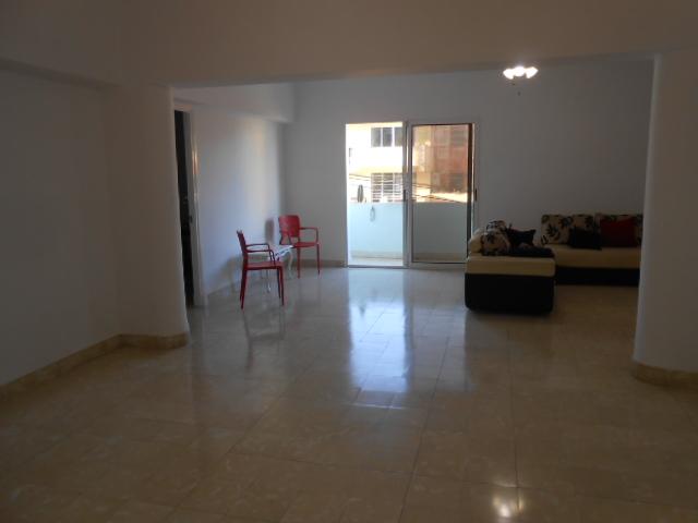 HEC1273: Apartamento de 3 cuartos y 3 baños por $ 150.000 en Plaza de la Revolución, La Habana