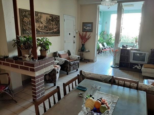 HEC1274: Apartamento de 4 cuartos, 2 baños y 1 garaje por $ 95.000 en Plaza de la Revolución, La Habana