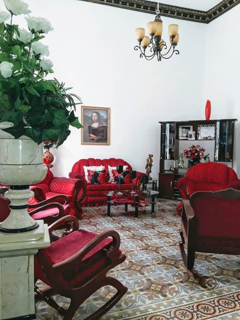 HEC1284: Casa de 5 cuartos y 5 baños por $ 280.000 en La Habana Vieja, La Habana