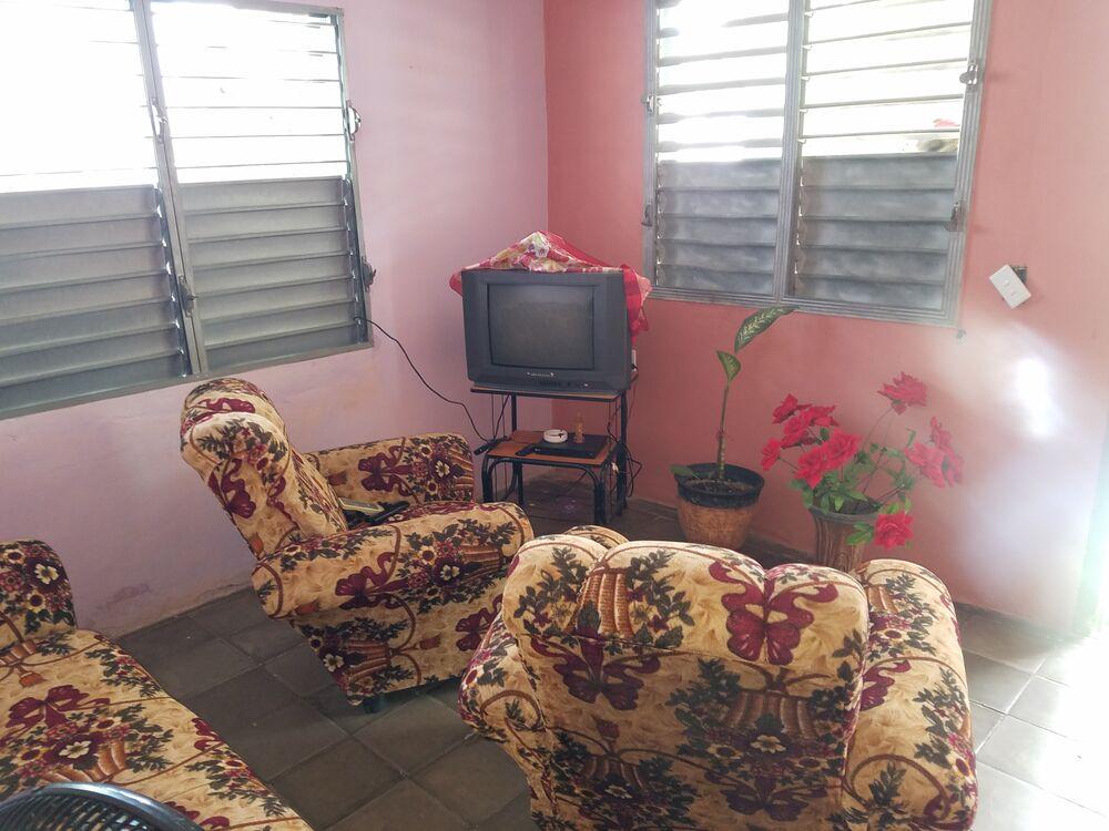 HEC1301: Casa de 2 cuartos y 1 baño por $ 12.000 en Cienfuegos, Cienfuegos