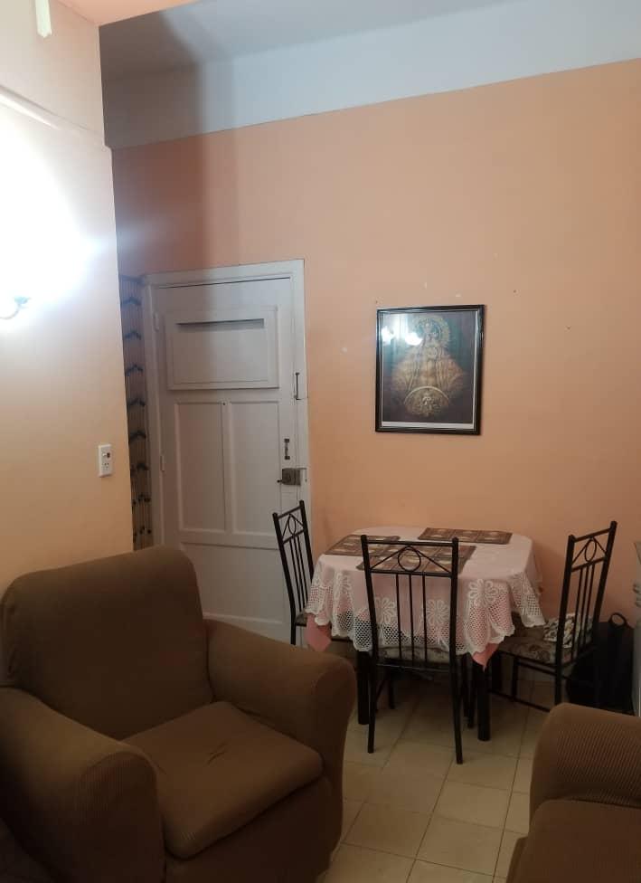 HEC1324: Apartamento de 2 cuartos y 1 baño por $ 27.000 en Holguín, Holguín