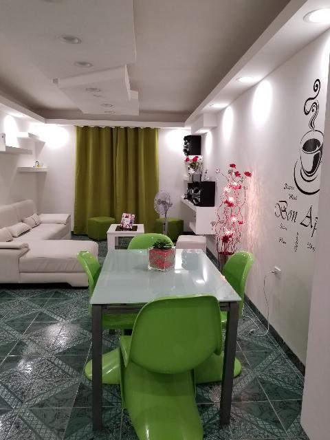 HEC1325: Apartamento de 2 cuartos y 1 baño por $ 75.000 en Plaza de la Revolución, La Habana