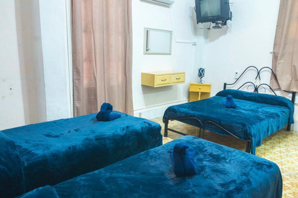 HEC1328: Apartamento de 6 cuartos y 6 baños por $ 150.000 en Plaza de la Revolución, La Habana