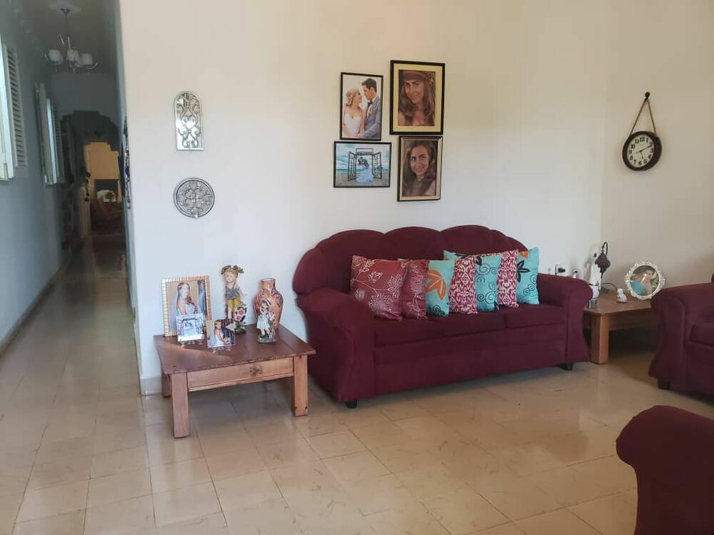 HEC1351: Casa de 4 cuartos y 2 baños por $ 95.000 en Diez de Octubre, La Habana