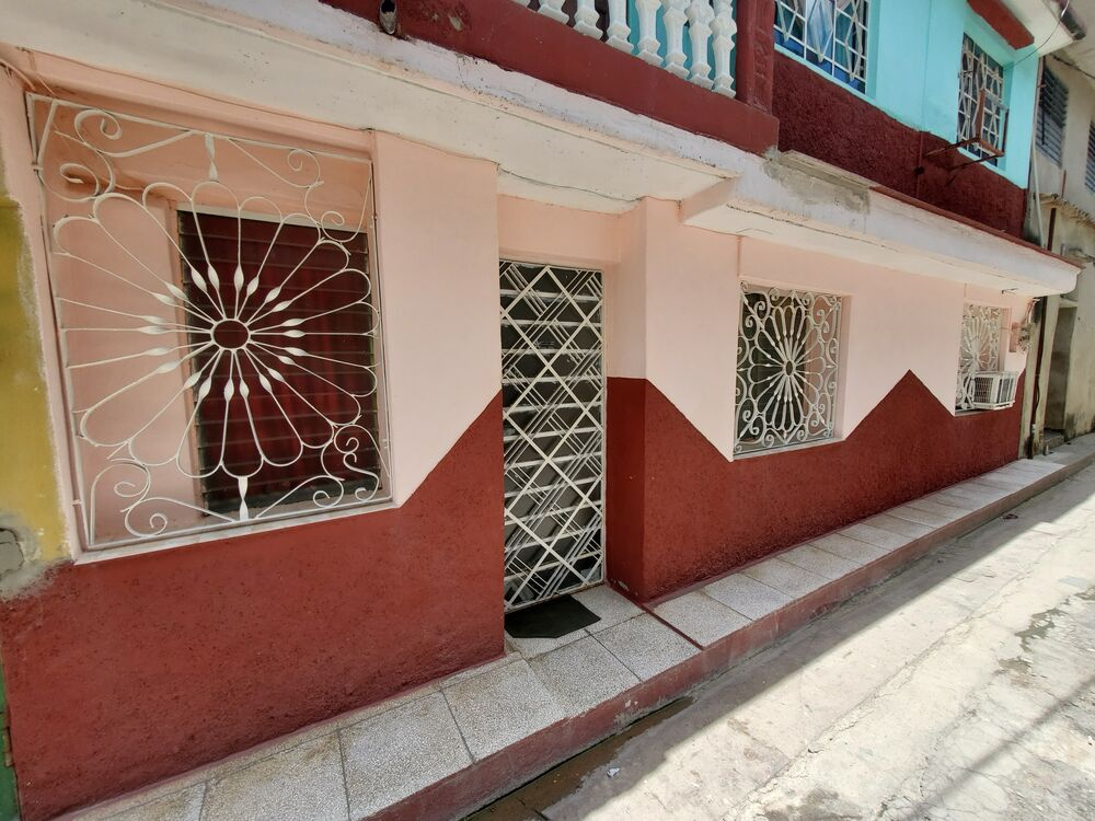 HEC1377: Casa de 2 cuartos y 1 baño por $ 23.000 en Cienfuegos, Cienfuegos