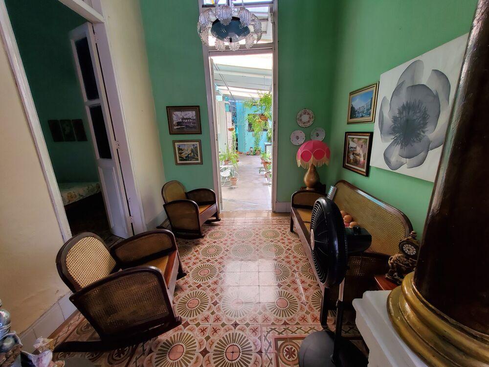 HEC1387: Casa de 4 cuartos y 3 baños por $ 90.000 en Cienfuegos, Cienfuegos