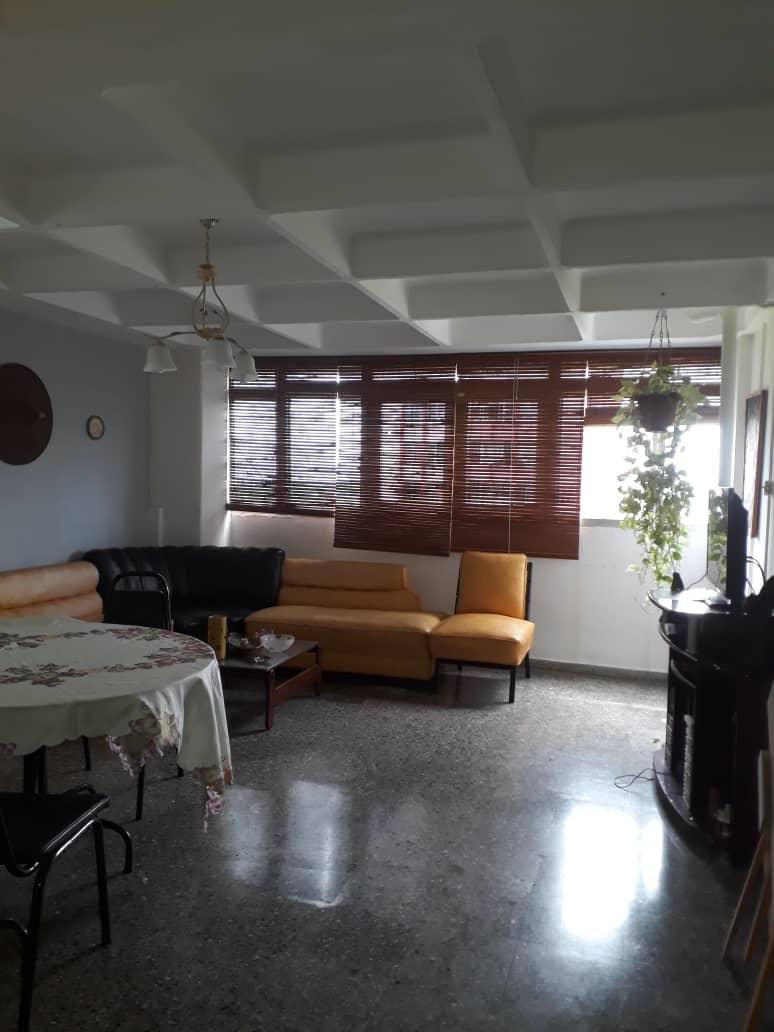 HEC1395: Apartamento de 2 cuartos y 1 baño por $ 26.000 en Marianao, La Habana