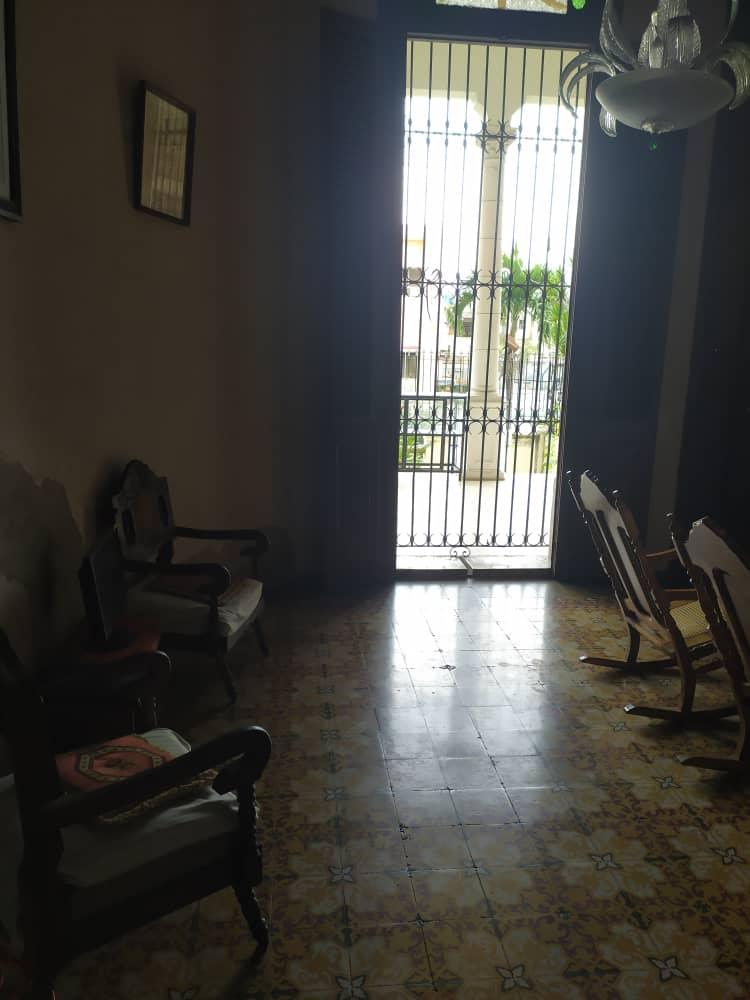HEC1413: Casa de 6 cuartos y 2 baños por $ 180.000 en Plaza de la Revolución, La Habana