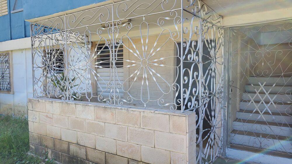 HEC1446: Apartamento de 3 cuartos y 2 baños por $ 20.000 en Cienfuegos, Cienfuegos