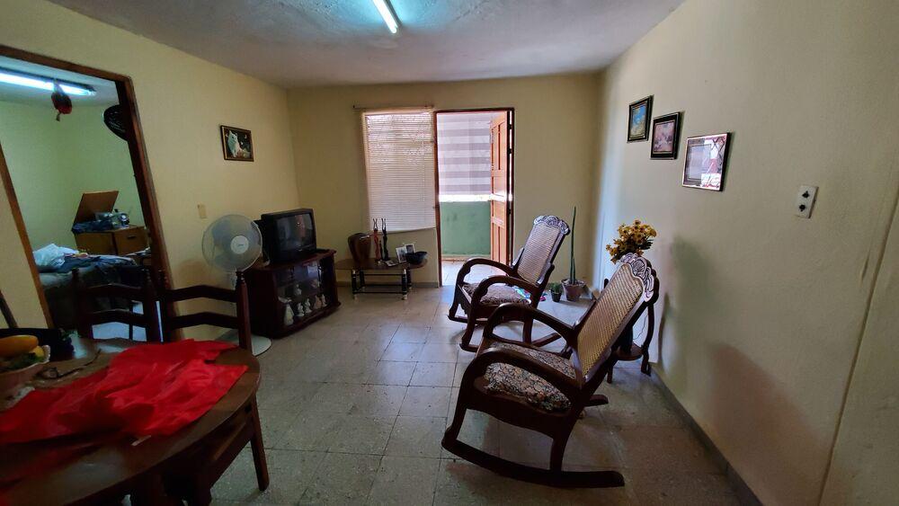 HEC1452: Apartamento de 2 cuartos y 1 baño por $ 17.000 en Cienfuegos, Cienfuegos