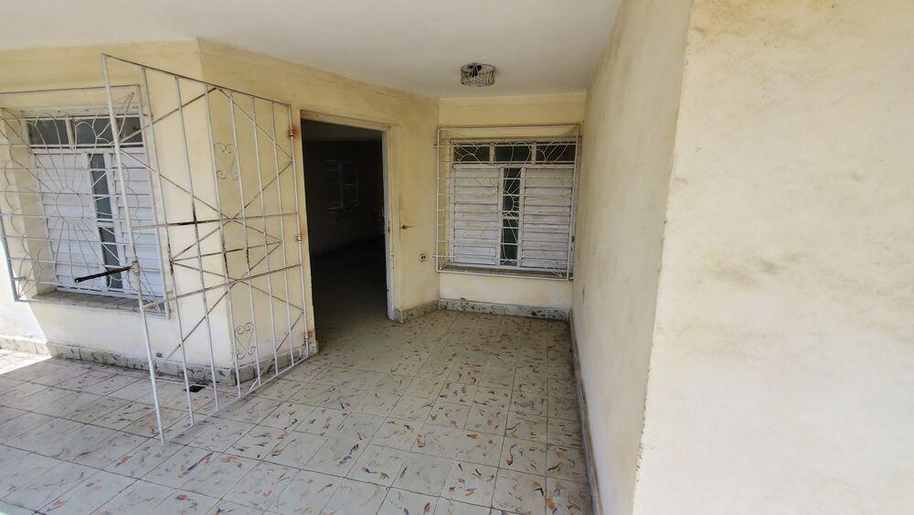 HEC1465: Casa de 6 cuartos, 2 baños y 1 garaje por $ 65.000 en Cienfuegos, Cienfuegos