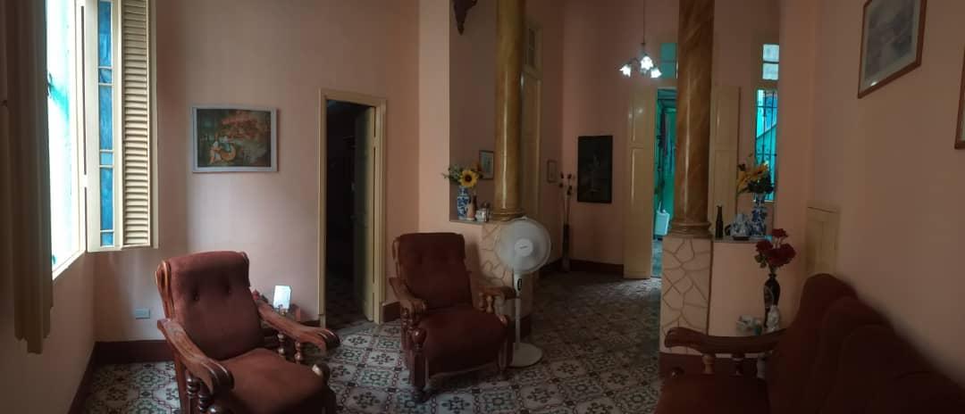 HEC1478: Casa de 6 cuartos y 1 baño por $ 80.000 en Centro Habana, La Habana