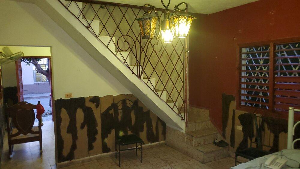 HEC1508: Casa de 3 cuartos, 1 baño y 1 garaje por $ 30.000 en Cienfuegos, Cienfuegos