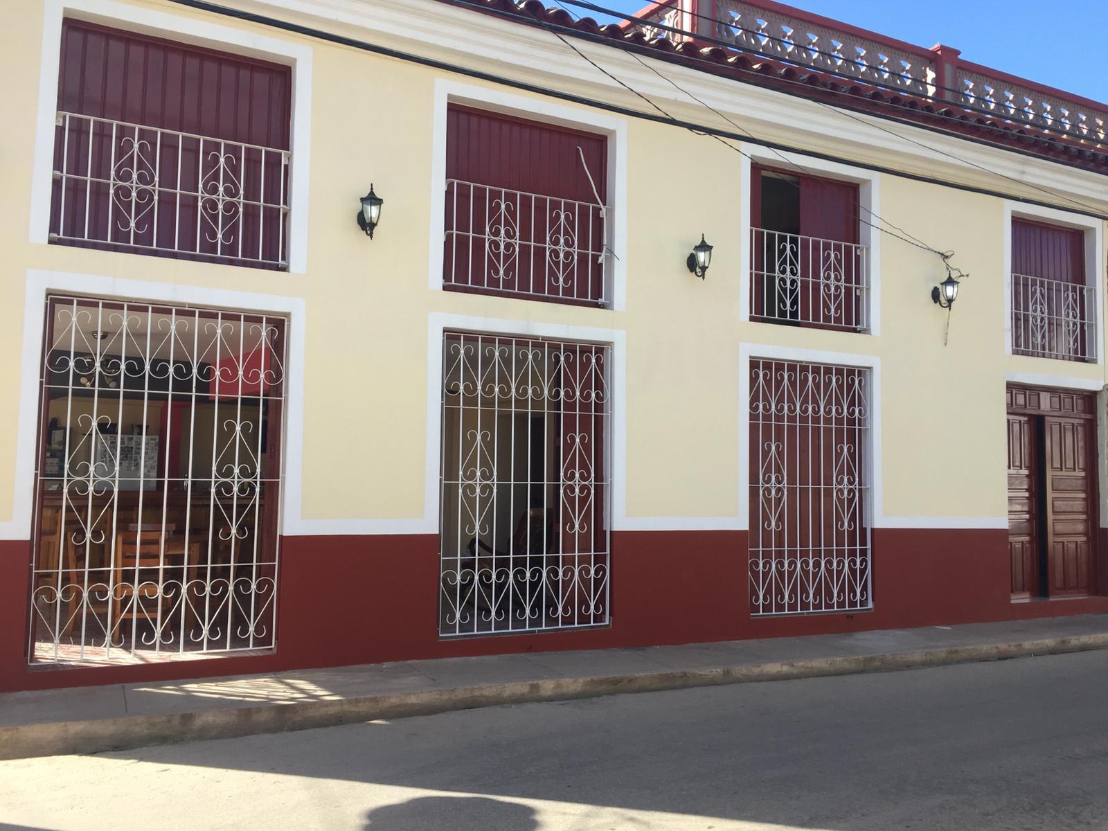 HEC1523: Casa de 8 cuartos, 8 baños y 1 garaje por $ 250.000 en Remedios, Villa Clara