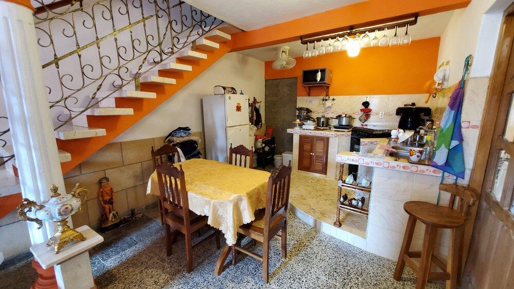 HEC1552: Casa de 3 cuartos, 3 baños y 1 garaje por $ 95.000 en Cienfuegos, Cienfuegos