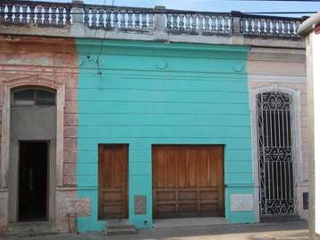 Casa en venta en Cienfuegos con  3 cuartos, 1 baño y 1 garage por $22,000