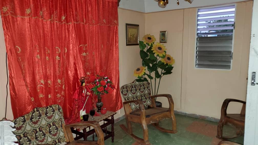 HEC1570: Apartamento de 3 cuartos y 1 baño por $ 8.000 en Cienfuegos, Cienfuegos