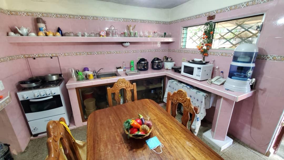 HEC1581: Casa de 2 cuartos y 1 baño por $ 40.000 en Cienfuegos, Cienfuegos
