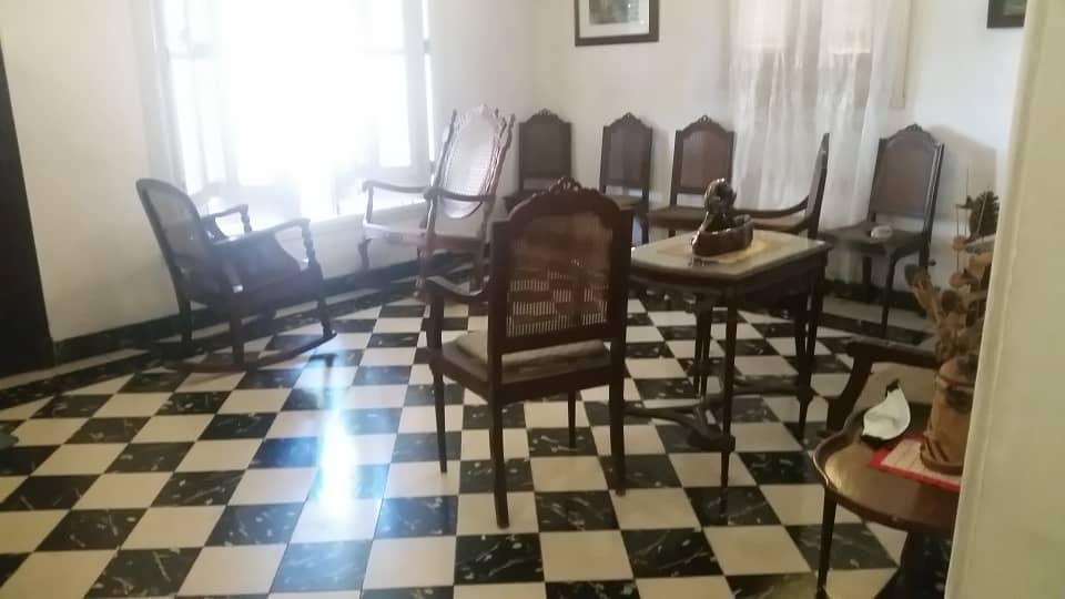 HEC1586: Casa de 6 cuartos, 3 baños y 1 garaje por $ 220.000 en Plaza de la Revolución, La Habana