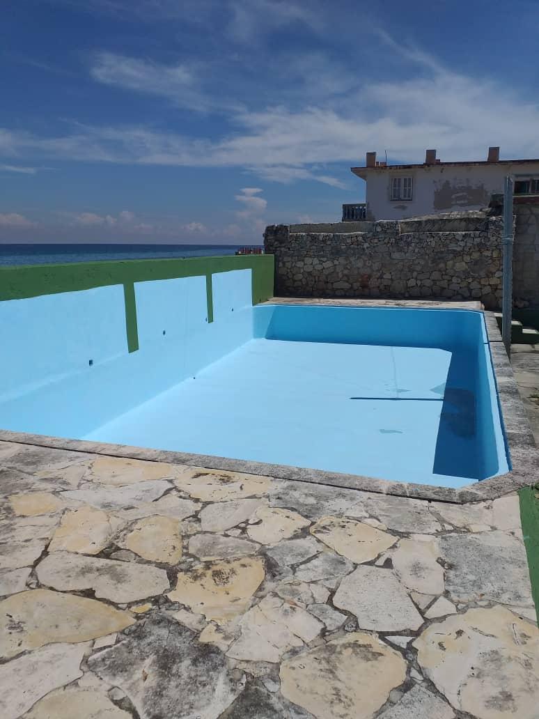 HEC1593: Casa de 5 cuartos y 4 baños por $ Ajustable en Playa, La Habana