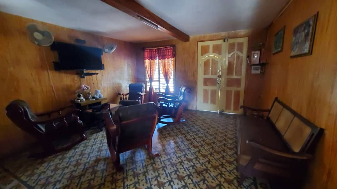 HEC1600: Apartamento de 5 cuartos y 4 baños por $ 110.000 en Cienfuegos, Cienfuegos