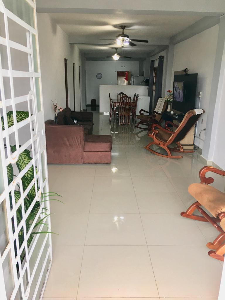 HEC1601: Apartamento de 4 cuartos, 5 baños y 1 garaje por $ 140.000 en Plaza de la Revolución, La Habana